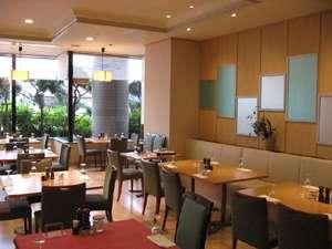 久慈グランドホテル:レストラン アゼリア