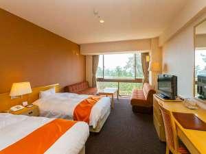 珠洲ビーチホテル:洋室スタンダードルーム(30平米)シックなインテリアの優しいくつろぎのお部屋