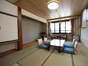 ねざめホテル:本館は和室のお部屋です。ごゆっくりお寛ぎください。