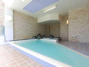 花見屋旅館:*温泉大浴場(女性)/源泉掛け流し温泉で1日の疲れも癒されますよ。