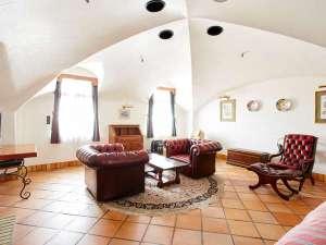 ウェルネスの森 那須:ドーム型の天井が特徴的な601号室