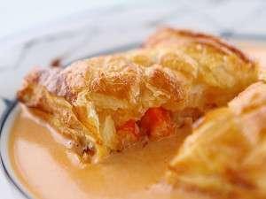 ペンション アフターデイズ:サクッとしたパイの中にはプリプリの海老