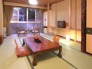 ホテルみゆき別館:和室10畳(バス、トイレ付き)