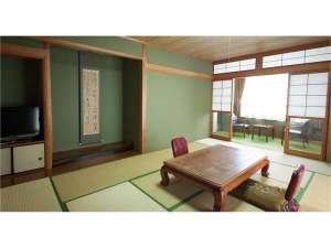 伊良湖 旅館ちどり:海の見える和室