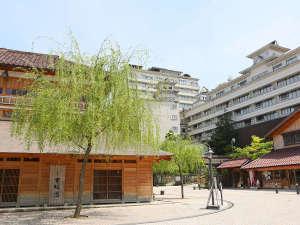 大江戸温泉物語 山代温泉 加賀の本陣 山下家:山下家は古総湯・総湯のすぐ近くにございます。