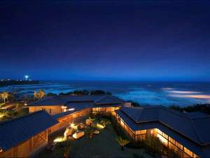 別邸 海と森:ホテル棟オーシャンビュー客室からの景色に心癒される。