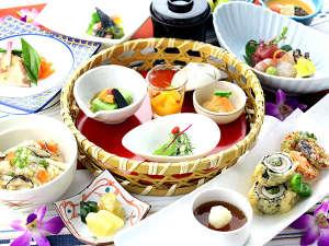 Okinawa EXES Ishigakijima (沖縄エグゼス石垣島):石垣島の赤土で力強く育んだ島野菜、八重山近海の魚介類、石垣牛や島産豚を随所に盛込んだお食事の数々。