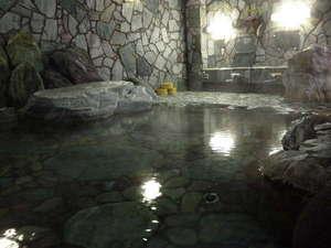 あわら温泉 政竜閣:カップル・ファミリーに人気!広々とした貸切家族岩風呂