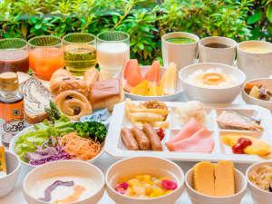 神戸三宮ユニオンホテル:*【和洋朝食ブッフェ】約65種類をブッフェでご用意♪ヘルシー系からがっつり系まで多様な食をご用意。