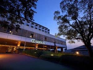 安芸グランドホテル:もう一度行きたい。絵画のような光景に出会う場所。安芸グランドホテルで安芸の国を探訪いただきたい。