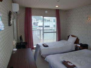 小浜温泉 小浜ビジネスホテル:ツイン一例