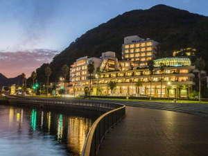 下田湾を一望できる全室オーシャンビューの宿 黒船ホテルの写真