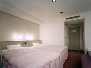 政府登録ホテル白川郷:ゆったりツイン(セミダブルベット120cm)