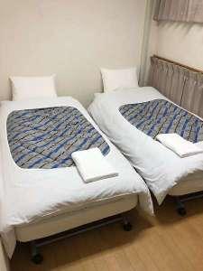 ホテル明月:フラットツインルーム