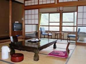 旅館田の浦温泉:和室10畳