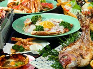 民宿 山村:食べごたえ抜群!カニを存分に楽しみたい方にオススメです♪カニフルコース!