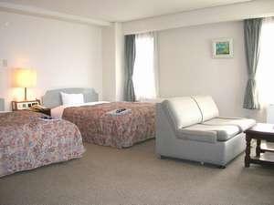 長崎シティーホテルアネックス3:ゆったりとしたお部屋です。