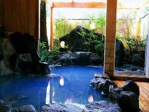 ゆふいん温泉 御宿 一禅の温泉は、コバルトブルーが美しい、自慢の美肌湯です。