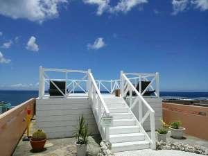 Sea side Hotel The Beach(シーサイド ホテル ザ ビーチ):■晴天の屋上ジャグジー<4月末~10月末まで営業>