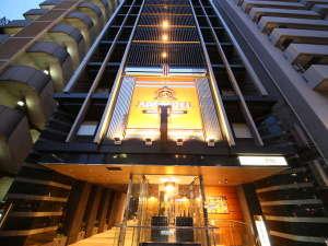 アパホテル 東新宿駅前 外観