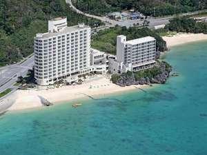ホテルリゾネックス名護:*名護市街にも近く、北部観光にも便利。名護湾に面した全室オーシャンビューのホテル。