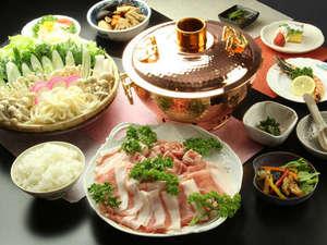 ロッヂYAMANOYU(山乃湯):光輝く越後もち豚!