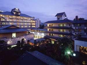 信州・上諏訪温泉 琥珀色の自家源泉を持つ宿【ホテル鷺乃湯】の写真