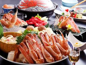 きのさきの宿 緑風閣:城崎の冬の味覚「カニすき鍋」!カニの旨みがぎゅーっと詰まった締めの雑炊も絶品です♪