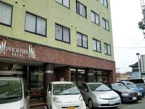 フェニックスホテル:【駐車場】ホテル前の他にも無料駐車場があります♪