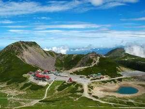 乗鞍高原 温泉の宿やまみ:北アルプスの山々を仰ぎ見る『水と緑の楽園 乗鞍高原』