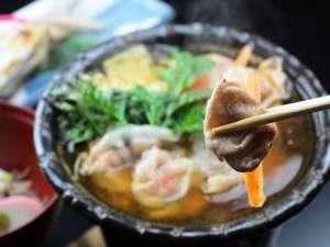乗鞍高原 温泉の宿やまみ:四季折々の信州の旬味覚を一品ずつ丁寧にご提供させていただきます。