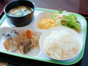 スーパーホテルJR池袋西口:健康無料朝食♪日替わりで毎日楽しめます。和・洋・中!