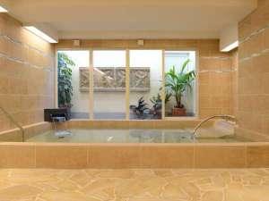 ホテル パームロイヤルNAHA 国際通り (8月プールOPEN予定):大浴場