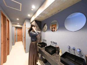 ドミトリーの共有水回りスペースです|ホテル&ホステルKIKKA東京