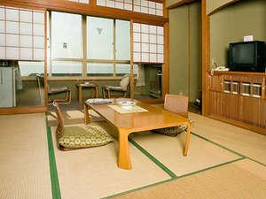 大清荘:*【使用不可】全ての客室から日本海がご覧いただけます。(和室一例)
