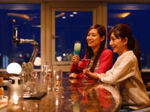 ホテルスカイタワー宮崎駅前:【最上階バー】ご宿泊のお客様にはワンドリンク無料券プレゼント♪