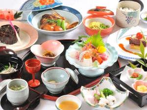 国民宿舎 望洋荘:<夕食一例>季節毎の旬の食材でおもてなし。