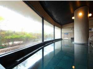 ザ・パラダイスガーデン・サセボ:とろとろの美肌湯をジャグジーや寝湯など3タイプの浴槽にて楽しめる♪