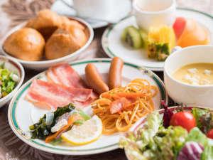 ひろしま国際ホテル:朝食バイキングも充実☆