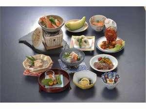 ホテル松尾:懐石料理一例(季節によって内容が変わります)