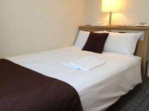 新大阪サニーストンホテル:カップル様大歓迎(^-^)ノ 当ホテル1番人気のセミダブルルーム♪