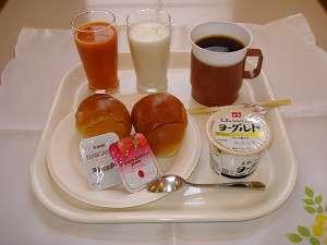 南部ホテル:素晴らしい一日のスタートの為に・・・。軽食は7時~9時まで、315円!(※ご予約制です)