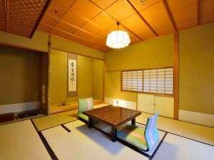 道後温泉 うめ乃や:*【客室例/同風庵】それぞれ趣の異なる空間です、ごゆっくりお寛ぎ下さい。