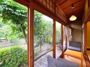 道後温泉 うめ乃や:*【客室例/鶯】それぞれ趣の異なる空間です、ごゆっくりお寛ぎ下さい。