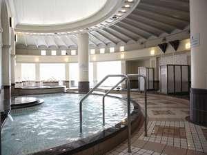 神戸ホテル フルーツ・フラワー:館内にある9種のお風呂が楽しめる「バーデハウス」。露天風呂では有馬温泉と同じお湯が楽しめます☆