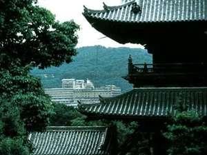 南禅寺まで徒歩7分など、名所旧跡が徒歩圏内にたくさん!祇園まで車で約5分とアクセスも便利!