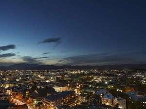 京都・東山 市街地側の夜景(イメージ)