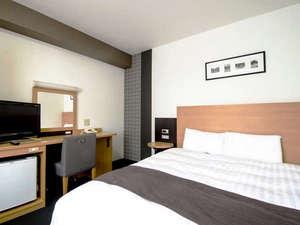 コンフォートホテル成田:160cm幅ベッド■クイーンエコノミー■ポケットコイルマットレス&清潔なデュベスタイル寝具☆