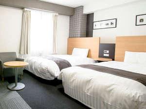 コンフォートホテル成田:123cm幅ベッド×2台■ツインスタンダード■ポケットコイルマットレス&清潔なデュベスタイル寝具☆