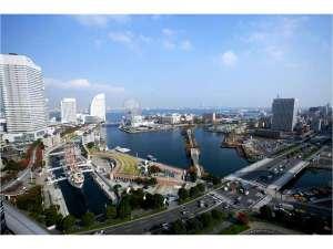 ニューオータニイン横浜プレミアム:ベイビュースーペリアツインからの昼間の風景